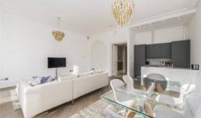 AFL Construction Full Refurbishment Kensington - Open Living Room / Kitchen